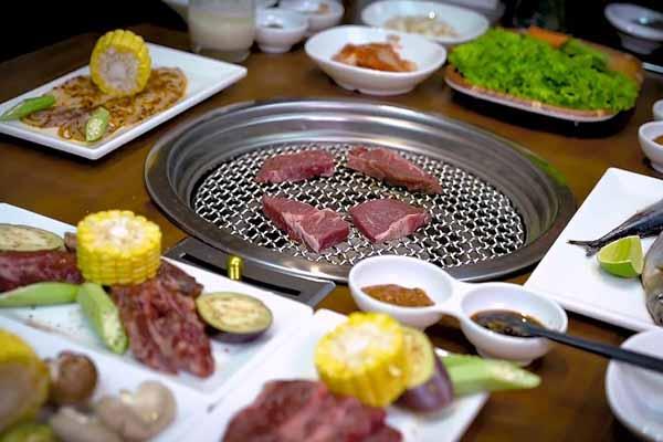 Beefsteak Hai Con Bò Nằm Trong Top 26 Quán Ngon ở Quận 1